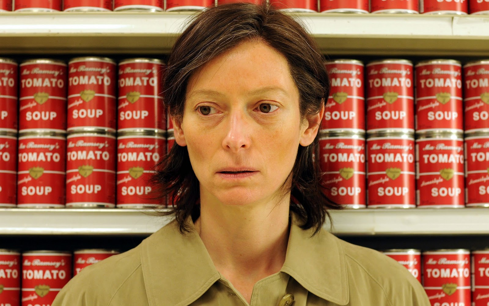 we-need-to-talk-about-kevin-tilda-swinton-tomato-soup-supermarket