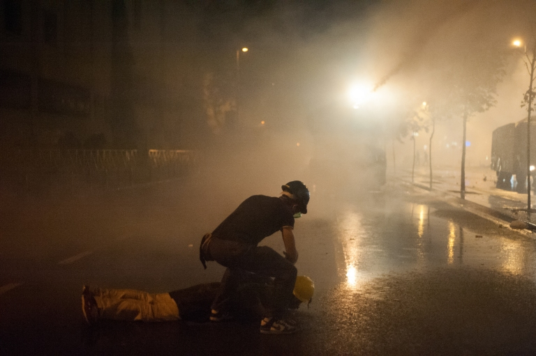 police_action_during_gezi_park_night_protests_in_istanbul-_events_of_june_15_2013-5